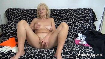 grannies kaviar sex love Hot crying women