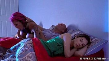 ceel fuk peak Sister fucked watches father
