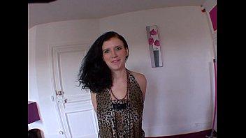 jouie et french 3mn fait elle enculer en se Schoolgirl raped by burglar