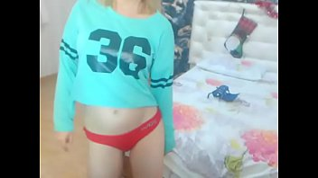 asian in pant peeing girl Eva cali colombia en camara escondida