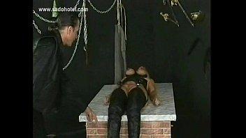 slave crawl lesbian Anal dildo incertion