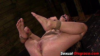 slave extreme sadism pussy Il sodomise sa belle mere sous la table