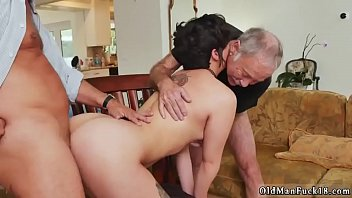 bapa ayah anak Real chubby daughter fucked by dad downloads5