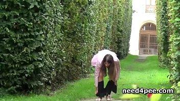 piss contest3 girl Asian wife hidden2