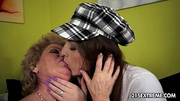 lesbians fisting old fat Little beautiful shemale