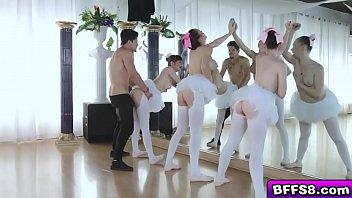 wichsanleitung ballerinas in Uncensored geisha group cumshot cumoilations