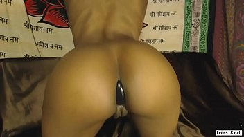 phat ass swallow Solo pussy oiled
