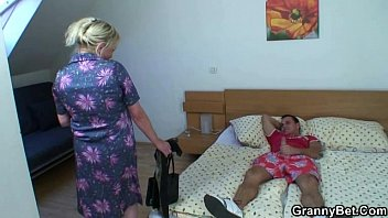 assfuck granny old Glasses and skirt bed fuck