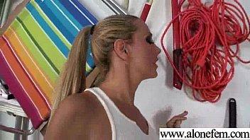 in cute girl bras pleasuring herself Charapa calatita la flaca con el novio