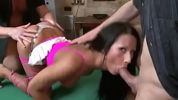 hot threesome sex Elizabeth shue sucking sons friend