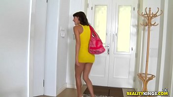 apartment in sex Www mohabat bhi kay cheej hya mp3 com
