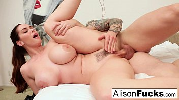 teylr alison siki Wild pussy lickings for dyke sweethearts