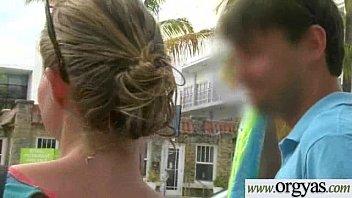 anisa by xlonewolfx tessa Ado baisant une femme en levrette