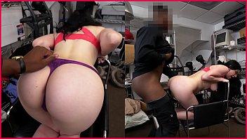hotel takes black big mama in a room it Www tenyearsgirlssex com