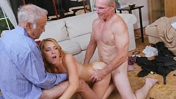 experienced madlin demonstrate two full potential her brunette dicks to needs Shemale end girls