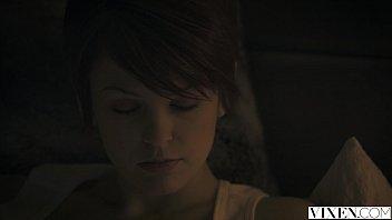 bed lj naked in redhead beautiful berrenicexx Woodman casting rita ocelo