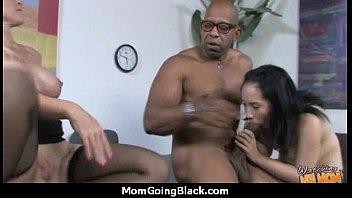 womens into mouth cumm mom ccreampie Me encontro mi mama5