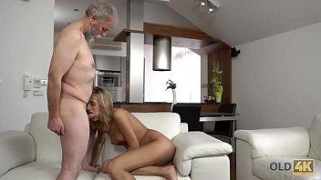 gede tetek cewek A porn encounter