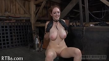 undressed cutie cunt with receives masked drubbing Young sis pees for bro