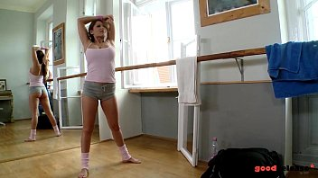 ballerinas in wichsanleitung Hindi hd porn with audio