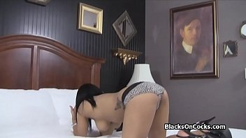 amateur slim black Fucked by an invisible power