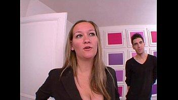 beurette dance arab seins gros Busty webcam girl