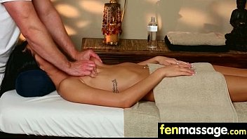 massage shy casting hotties banana Touch ass jeans whrite 2