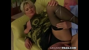 chubby milf granny and Michelle lay shower