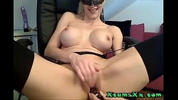 uses blonde teethbrush omegle 23 Sexy brunette playing with two dildoes 1