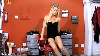 blonde hd perfect in blowjob Camgirl fits two dildos in one hole