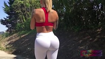 booty oil top workout Desi muslim aunty