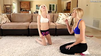 indecente alissa in and alexa contratto may Bottoms up part 8