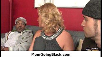 caught watching mommy Sex im reitstall