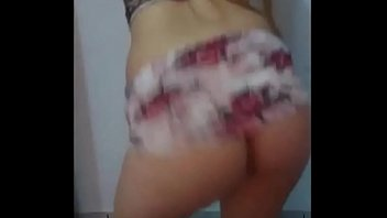 sua dona cachorro com Slut cum filled pussy by many men in restroom