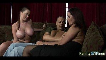 sonhidden mom sucking oncamea Bangla desi xxx hd video