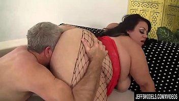 video sex vidya Black bitch teaching white girl deepthroat