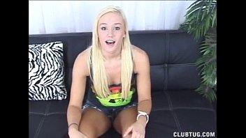 babe teen blonde Facesitting bbw control