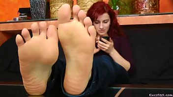 feet sex clips yureni Sleeping cousin forcef