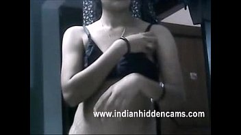 and indian her smart sexy pussy vergin aunty expose boobs Corrida en una colombiana