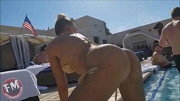 porno video espaol Mia khalifa my big black threesome added jan 19 2015