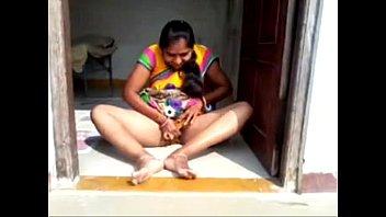 aunty tamil desi moti porn Girl pisses on face