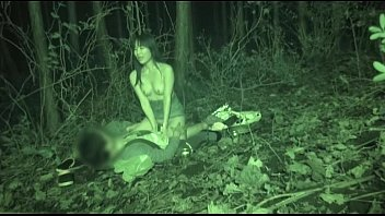 rayveness kris slater5 Sexymilfsue amateur milf wife flashing pussy in public