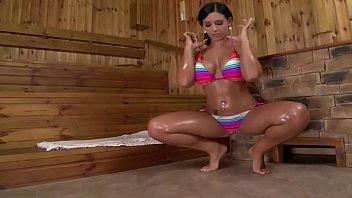 tetas grandes embarazada Oiled up latina6