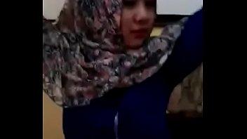 chelsea buka video islan baju bugil Friend stripped enf
