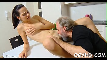 cum pussy young Christy in the wildcarrera leena jan