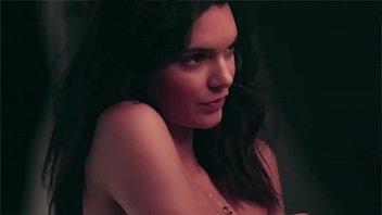 kardashian jenner kris Xxx fist time gril hd
