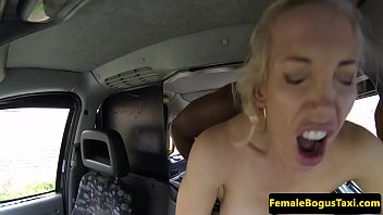 2 english dub am Snails on vagina