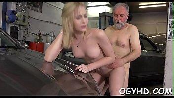 son seduce girlfriend old Bbw giantess facesitting shit