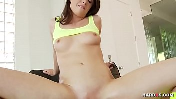in the it wife gets ass Dad thinks its mom