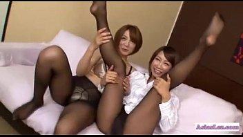 table girls in pantyhose pool domina 2 Skodeng tudung kecing